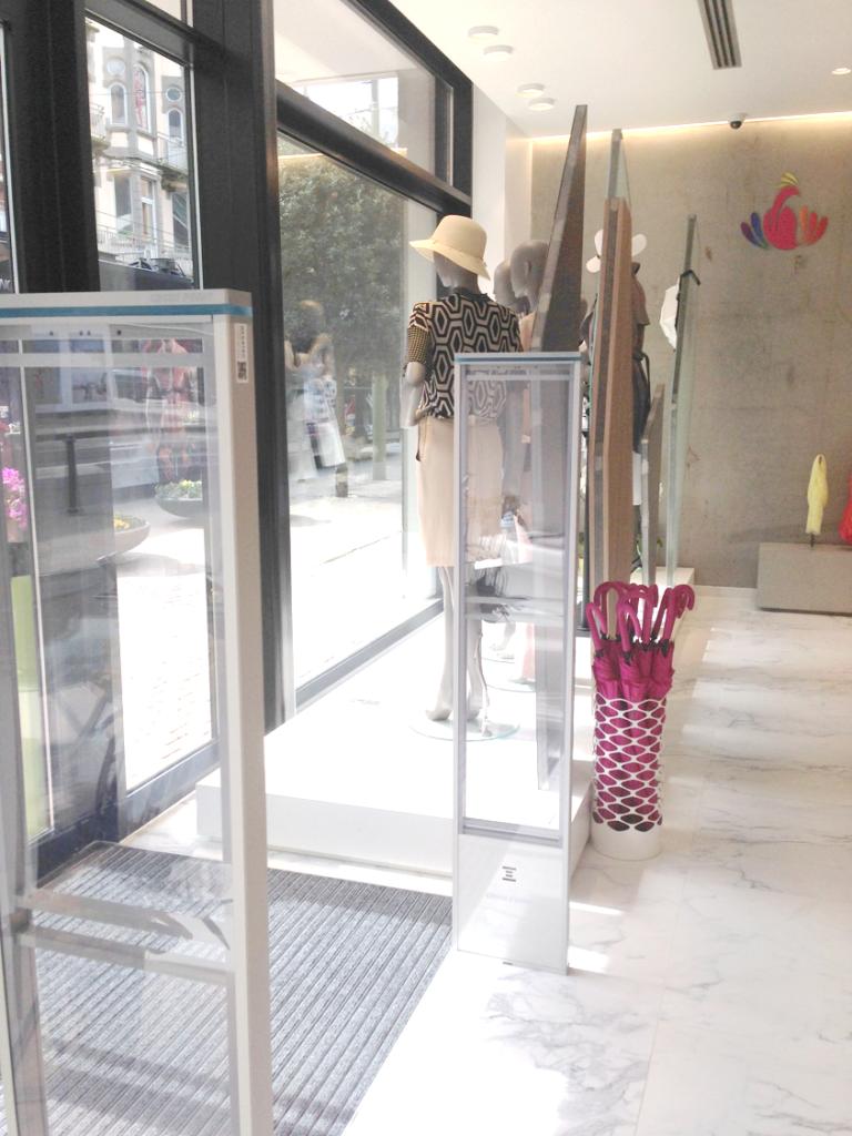 referentie_vila-vita_de-panne_antidiefstal-poortjes-ingang-beveiliging-winkel